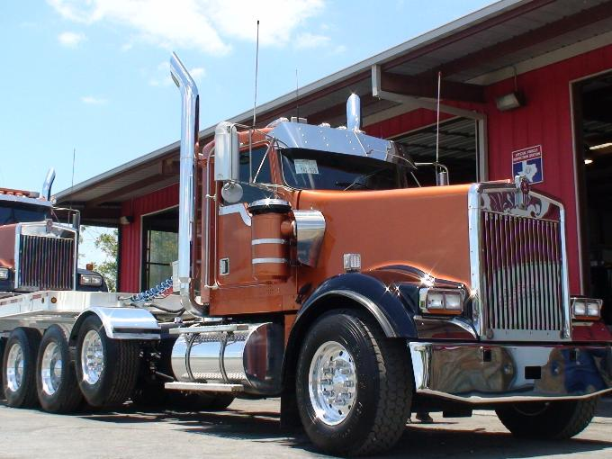 Custom Semi Truck Inventory-rigs,day cabs sale, financing ...